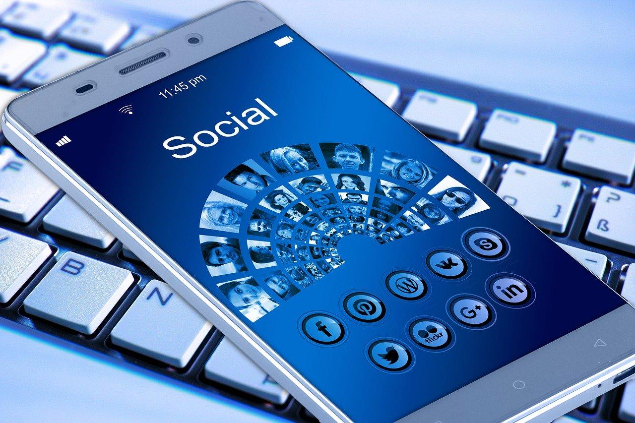 Sử dụng tốt những công cụ mạng xã hội, internet để phục vụ cho kế hoạch marketing